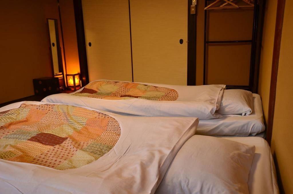 感恩旅馆 6 bed private room