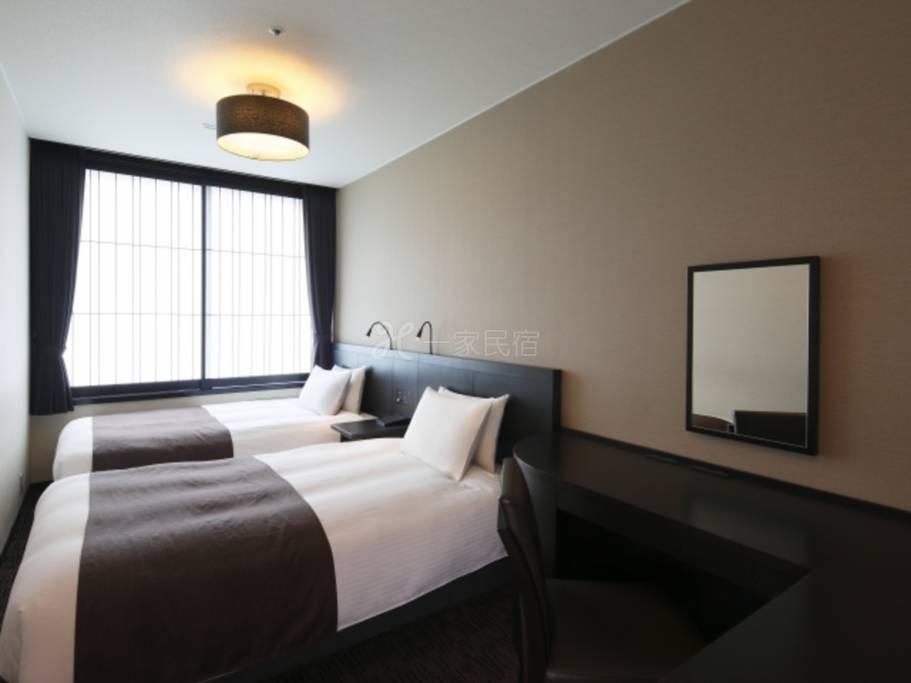 京都塔楼饭店标准双床房Standard Twin简单住宿方案,不含餐点