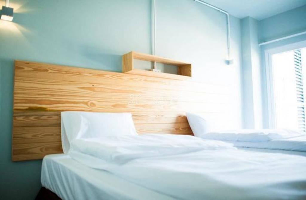 舒适双床房