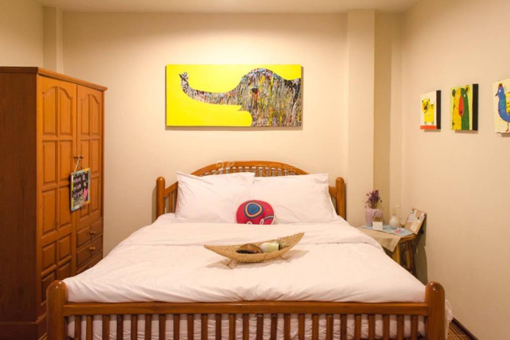 午后阳光度假别墅内大象主题房间预订链接(猫咪/大象/猫头鹰)共三间 位置在古城塔佩门外炒鸡便利