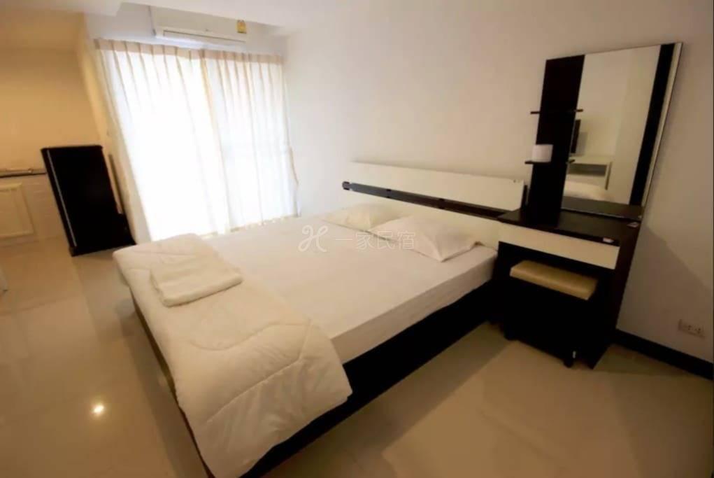 现代化的单间公寓307A