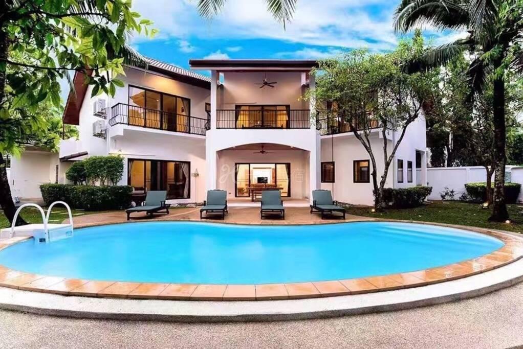 椰棕榈度假别墅