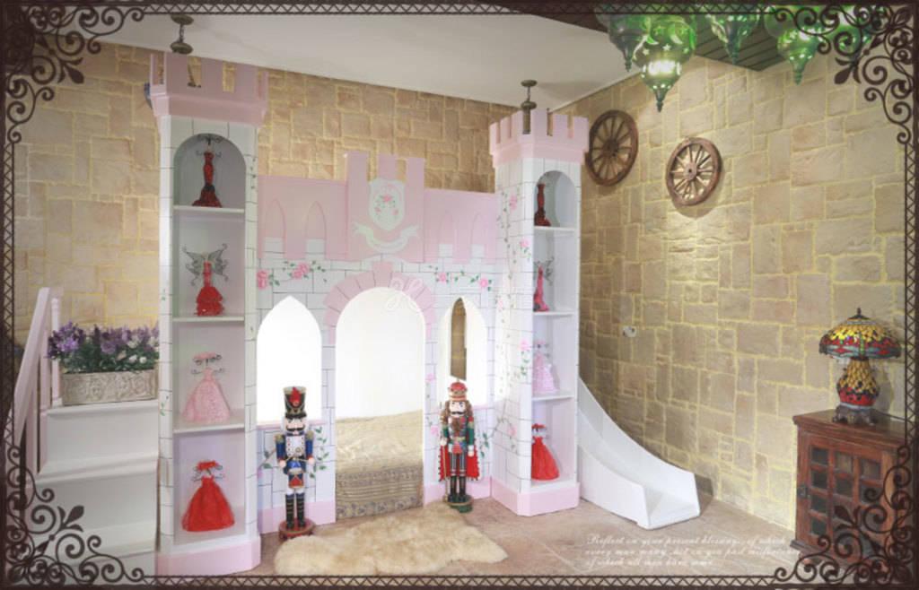 国王亲子城堡 (住宿四人)