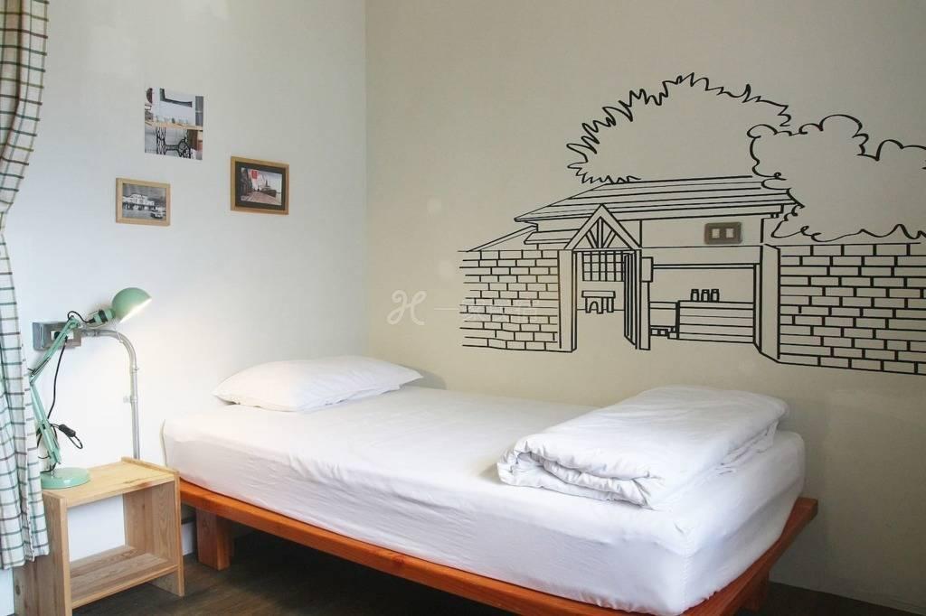 3人房内的1床(共用卫浴,近花莲火车站)