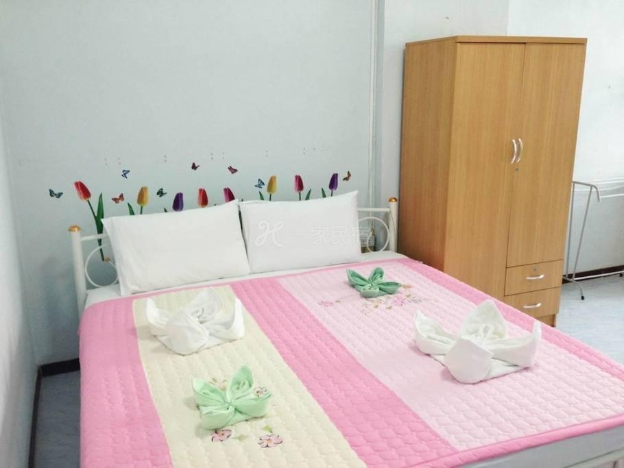 轻松的房间,5分钟到BTS Udomsuk