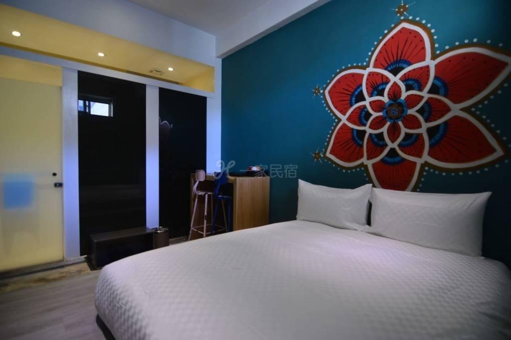 雅砌美学公寓 生命之花手工彩绘房 504