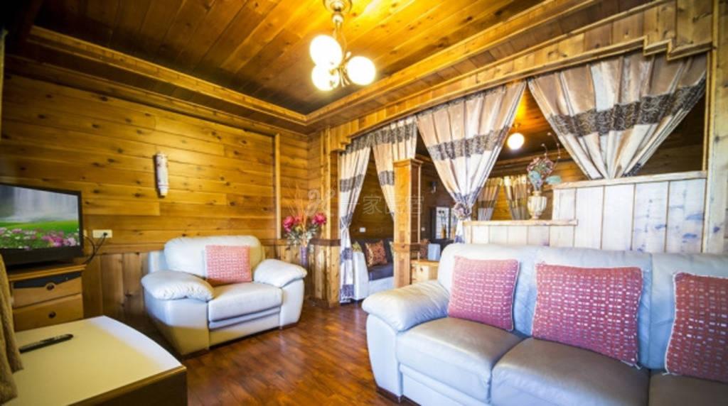 清境--香杉庭园小木屋  四人豪华景观套房