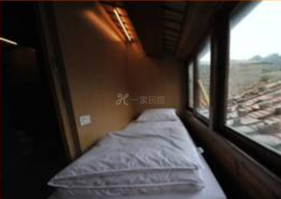 馬祖--馬祖1青年民宿 單人房、雙人房、四人房、八人房(按人數計價)