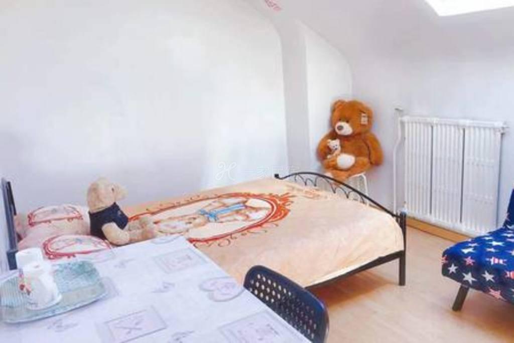 巴黎彩虹塘动漫主题之TeddyBear