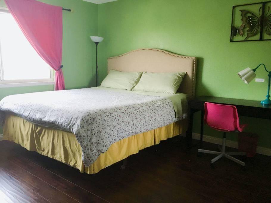 罗兰岗华人区别墅 月子中心 待产 套房1.8米床