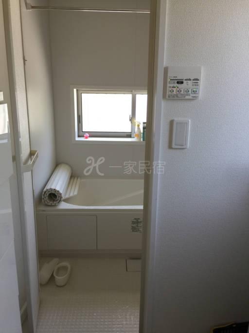 山手线高田马场转西武新宿线(拜岛行)到东大和市駅步行12分鐘,无需转车,日式建筑别墅