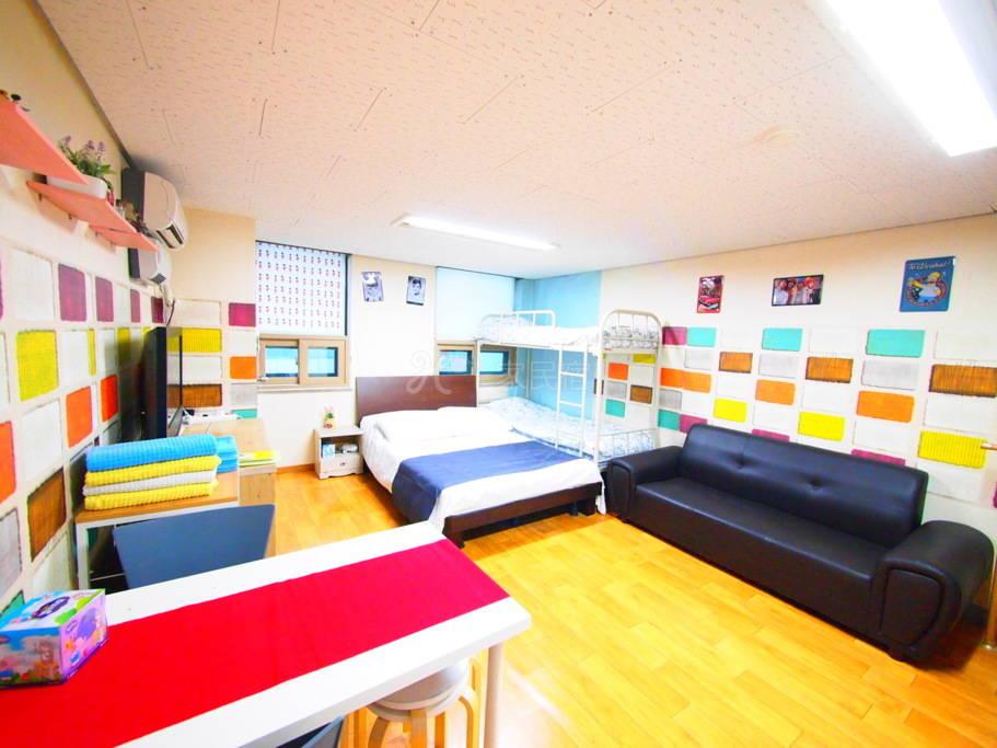漂亮的公寓  靠近首尔站  出行方便  精心布置 无比温馨 直接拎包入住