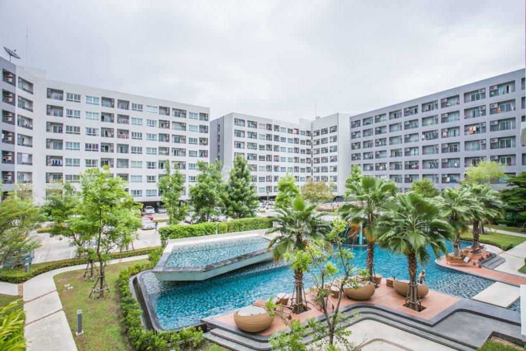 素坤逸路64巷舒适工作室 靠近BTS 711 免费高速网络 70米大型泳池/健身房/台球室/阅览室