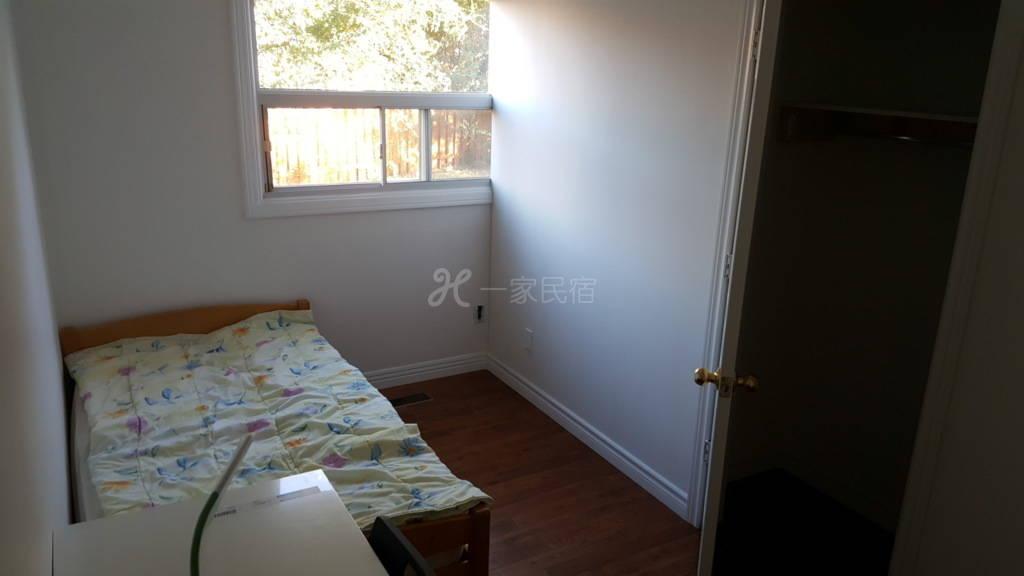 交通方便舒适的房间,合适安静学生专业人士