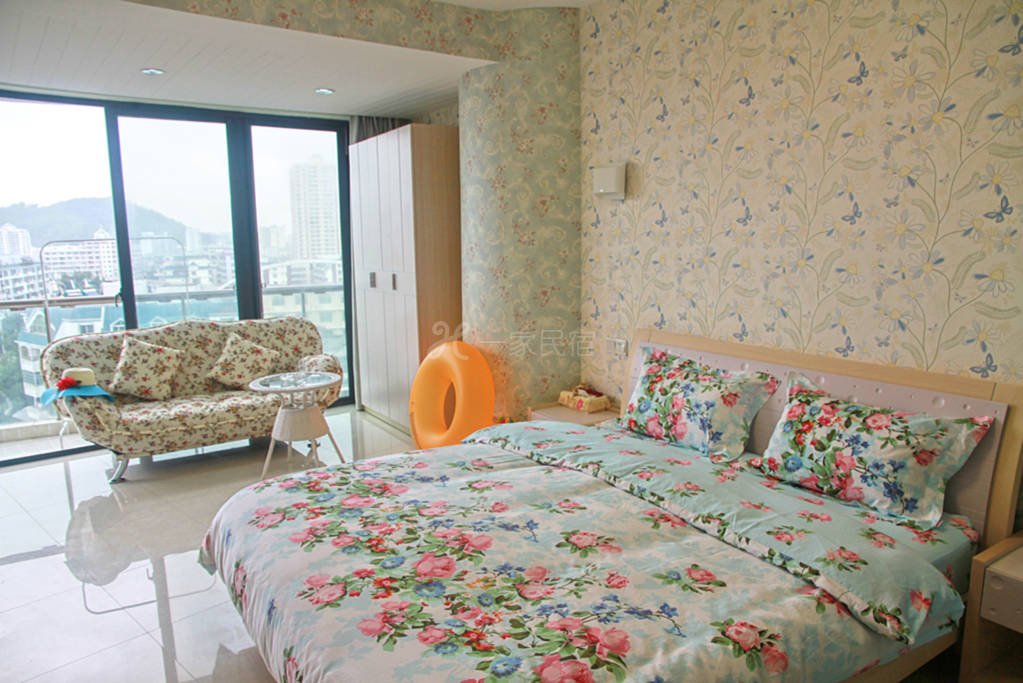 枫传说园景蜜月大床房