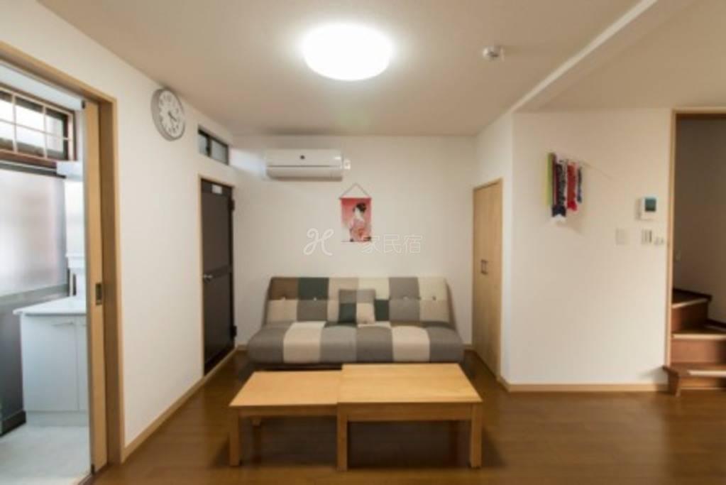 全新温馨小屋,适合小家庭享受,免费wifi
