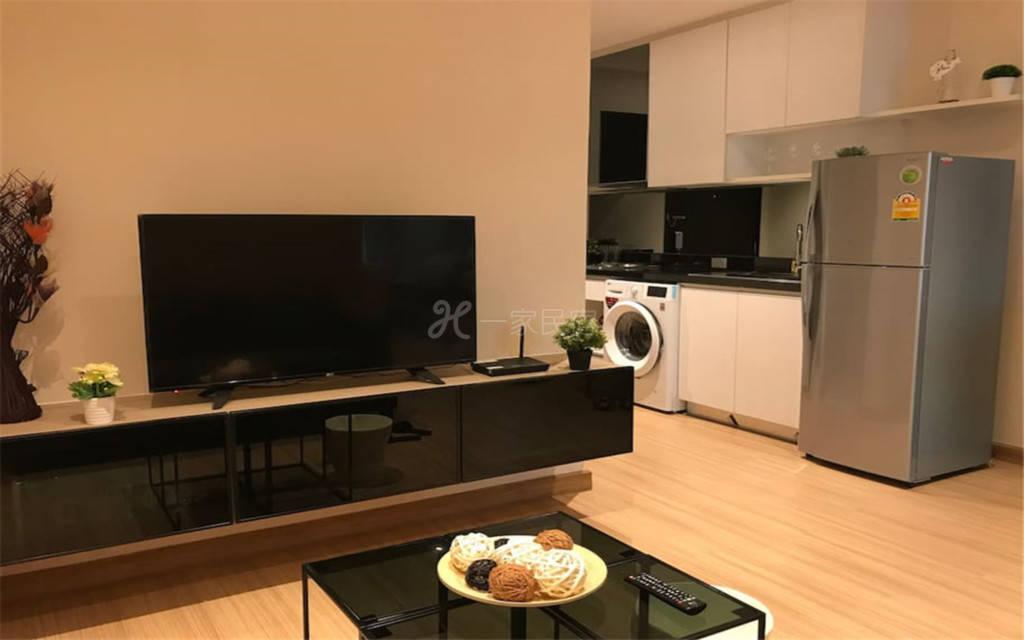 曼谷市中心BTS旁豪华一居公寓02