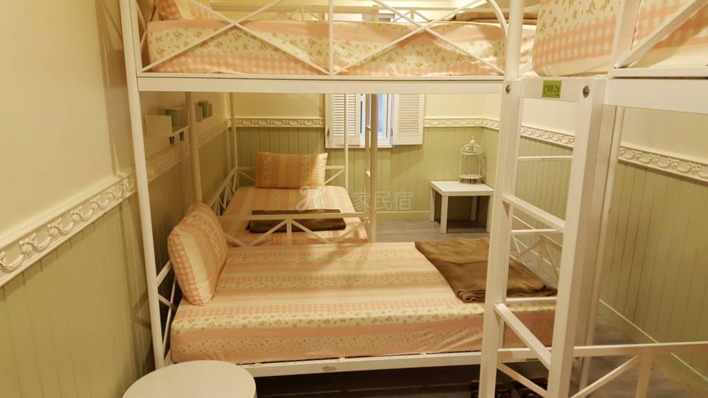 彼得兔的家-六人男女混合房(独立床位)(1人入住)B1