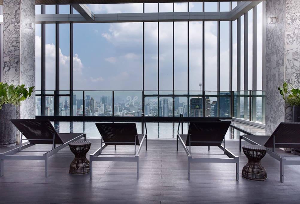 曼谷市中心奢华公寓 天际泳池 近BTS