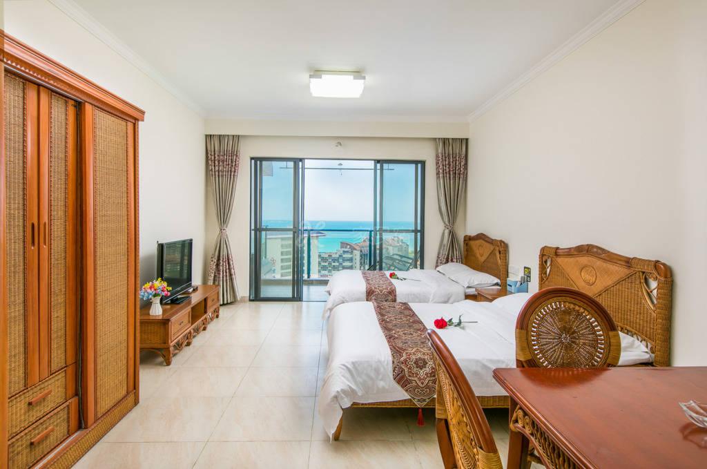 三亚湾椰梦长廊温馨高层海景双床房