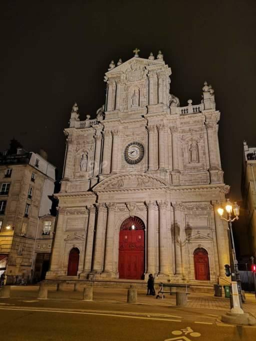 巴黎市中心近圣母院圣保罗小居