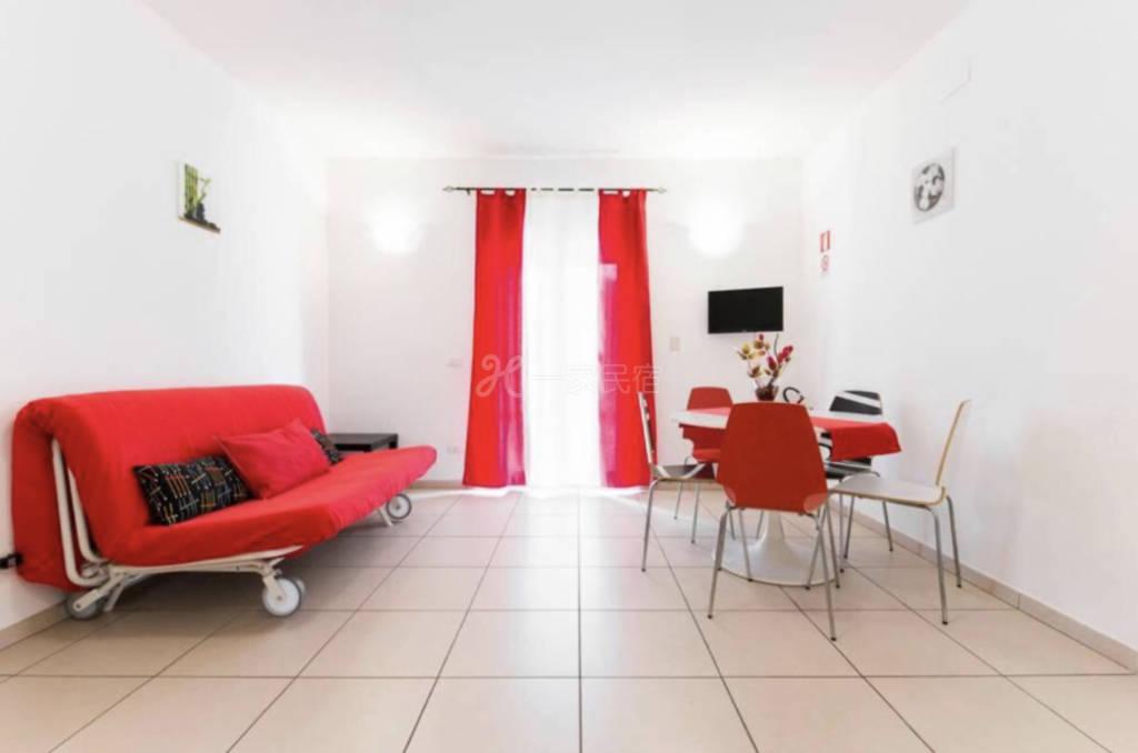 羅馬現代公寓位于 羅馬Casilina主道上,離市中心3km,斗獸場5km,梵蒂岡10km