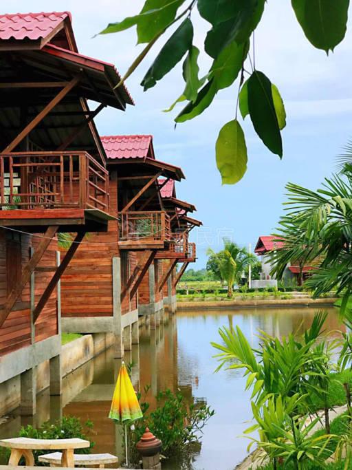 泰式温馨小木楼