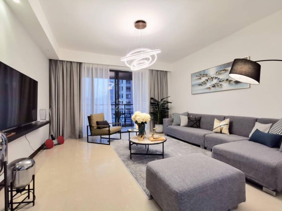 珠江新城望珠江公园别墅区4房大户型住宅安静私密现代简约风格长租公寓