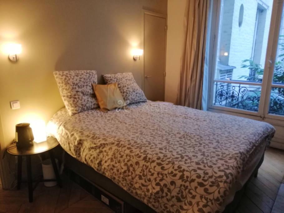 香榭丽舍大街奥斯曼古典公寓豪华双人间