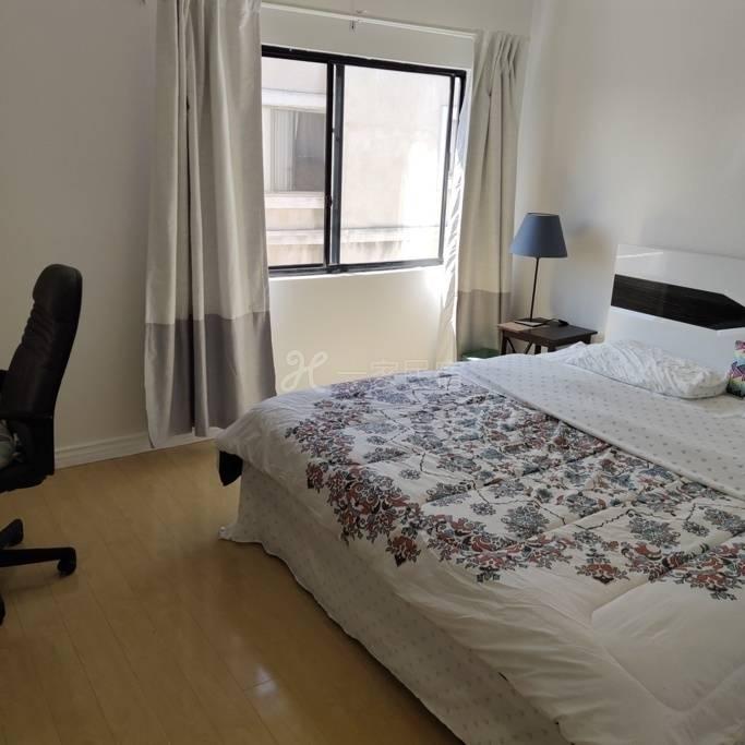 洛杉矶华人核心地带B房,全新装修,最方便的商务休闲场所