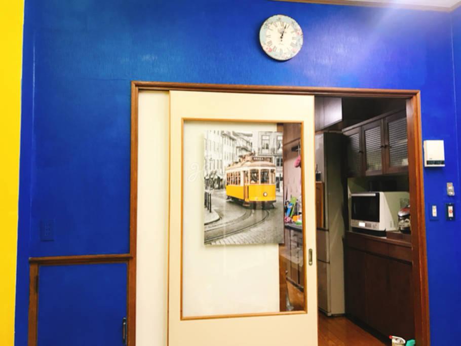 (副本)距离地铁站一分钟,有大超市和药妆店,直达难波最省钱最快的住所