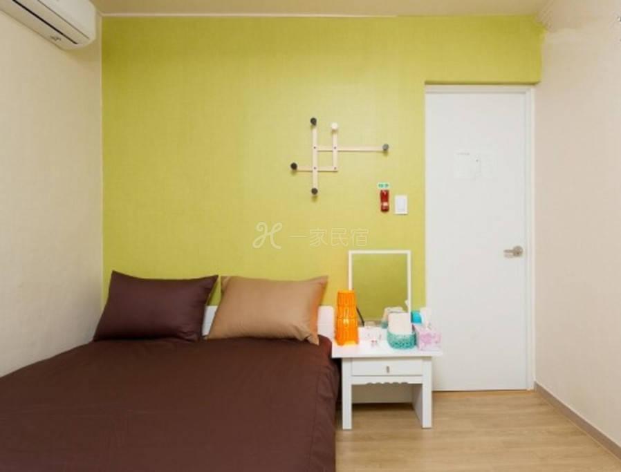 温馨的天使大床房