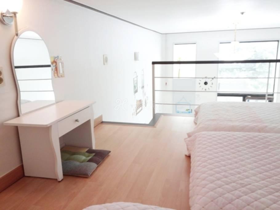 韩国首尔 皮特民宿东 大门明洞复式酒店 3~4人房