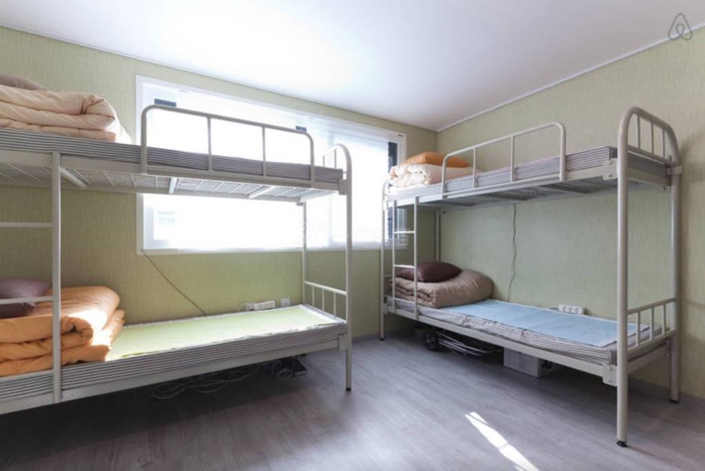 韩国首尔合住房间  4号床下铺