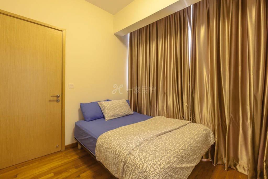 临近市中心的单卧室公寓