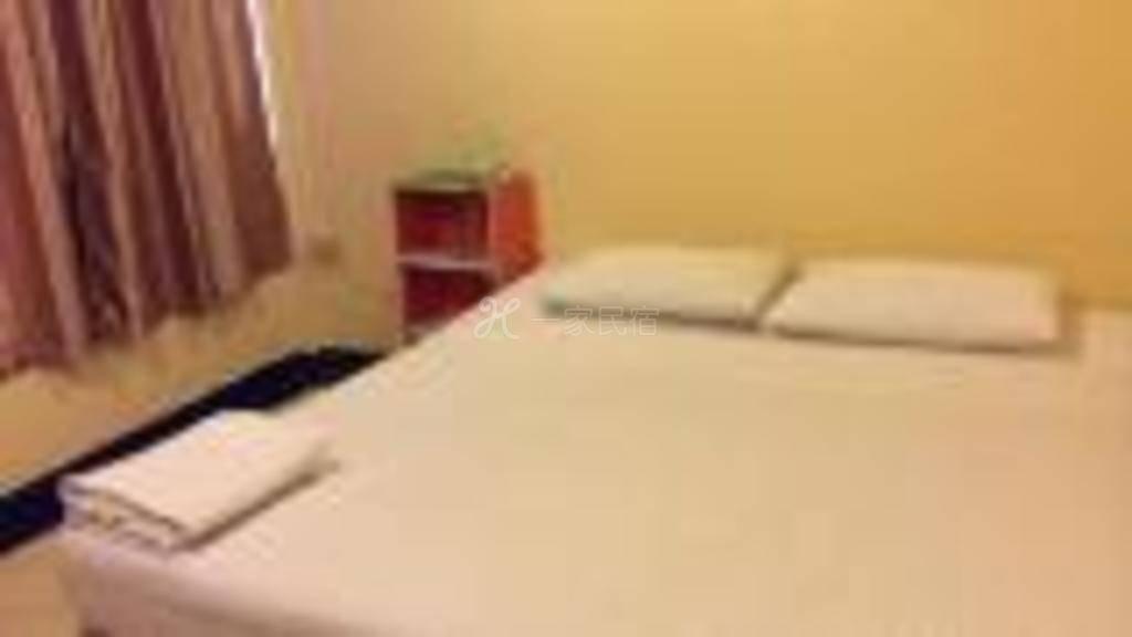 查万租赁酒店标准房3