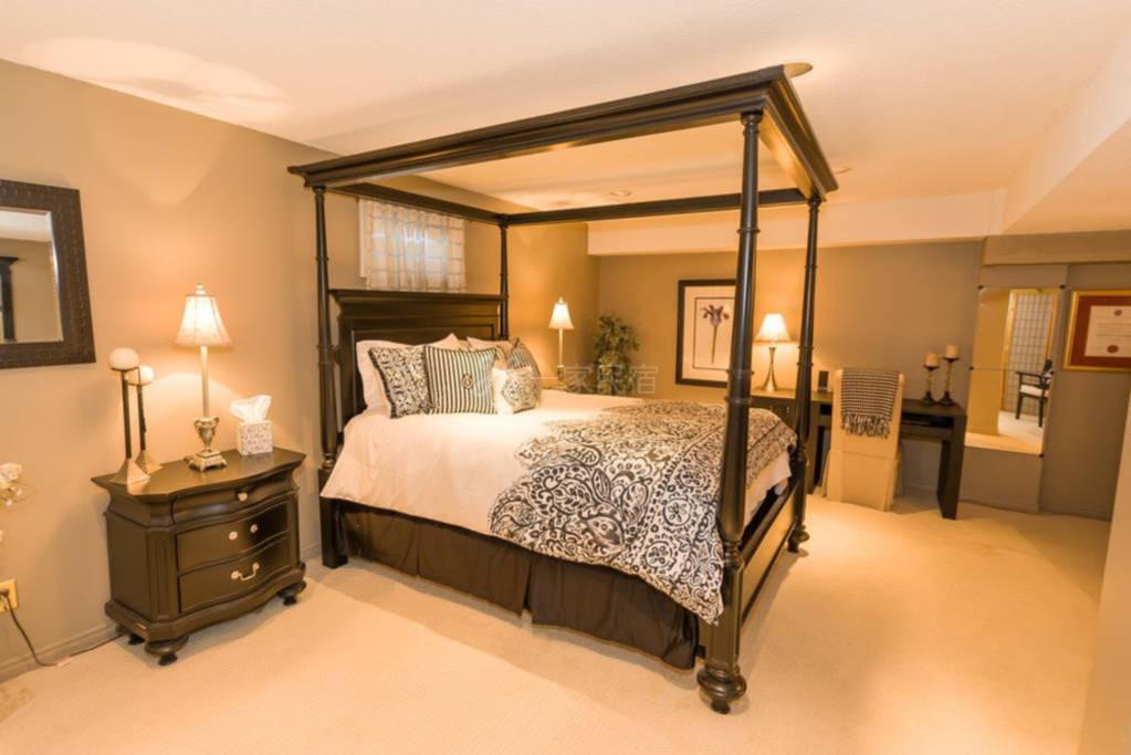 特价5折加拿大万锦市欧式风情豪华雅居高端家庭旅馆