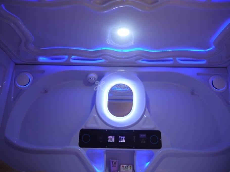 彼得兔的家-女生太空舱(四/六人舱-浴室附桑拿蒸气)(1人入住)A1*
