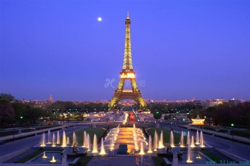 巴黎香榭丽舍五星级大床房或双床