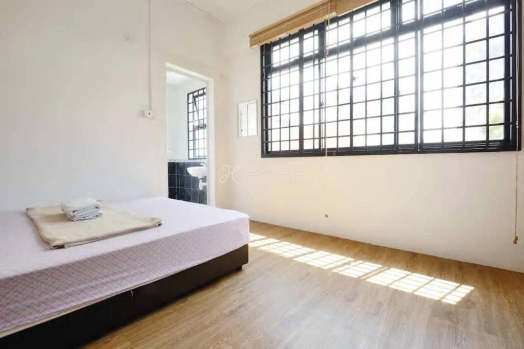 一室双人床公寓