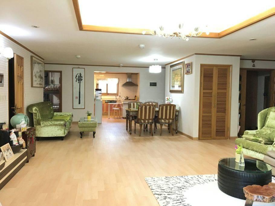 开心小屋 4 ( 2张床 ) 位于江南区