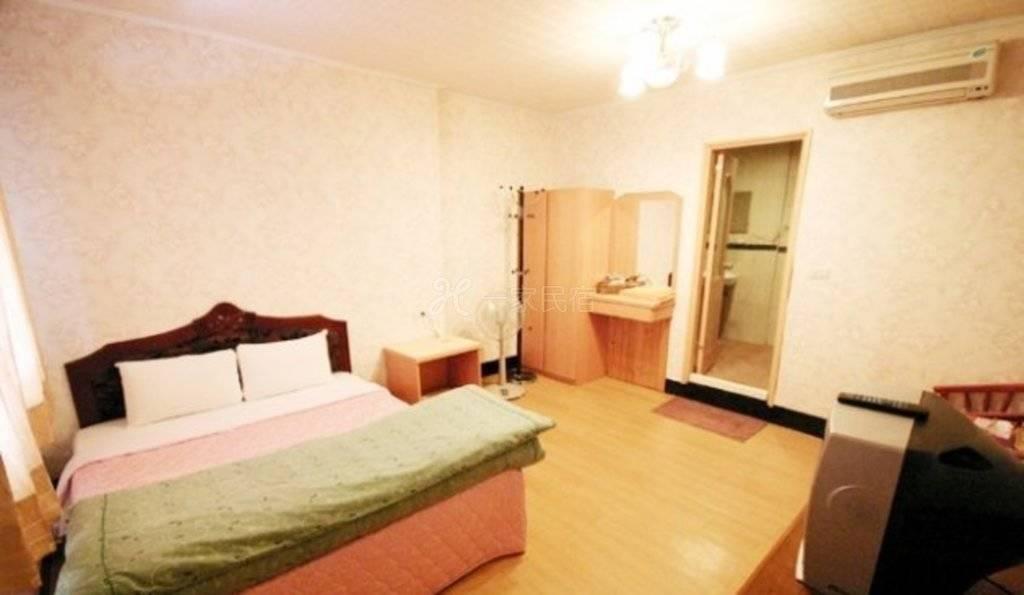 清境--小境家温泉旅店 豪华双人房