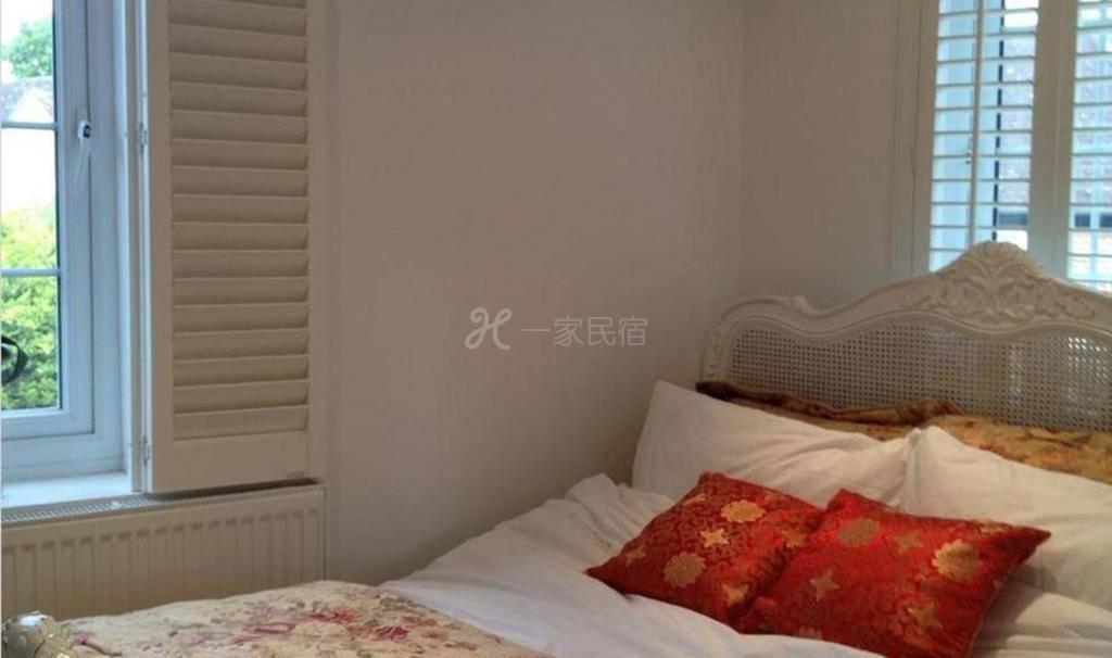 伦敦曼德琳民宿五星级蜜月总统家庭套房出租