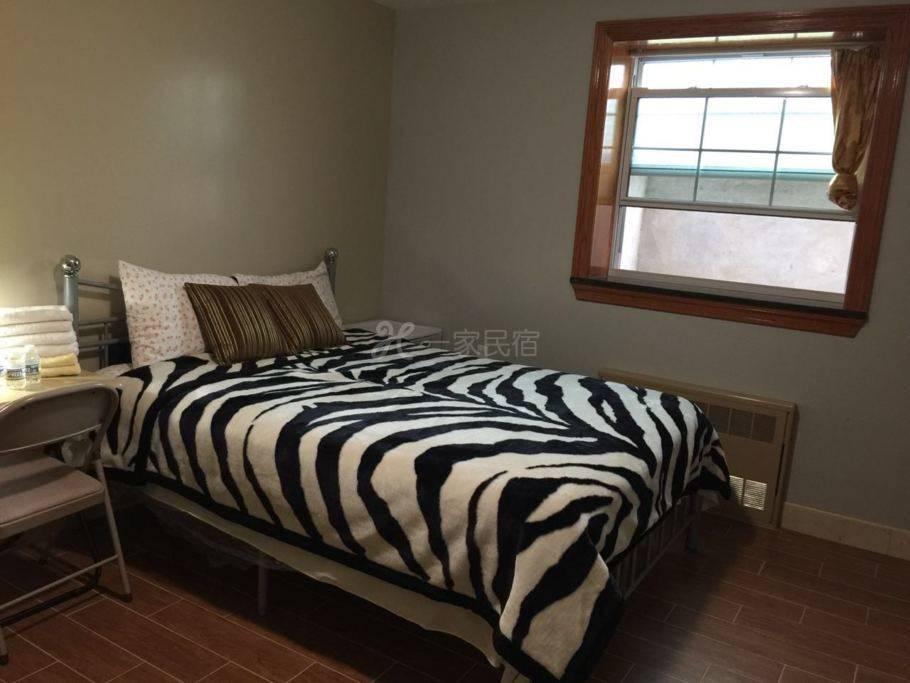 全新卧室共用客厅免费停车在法拉盛中心B4