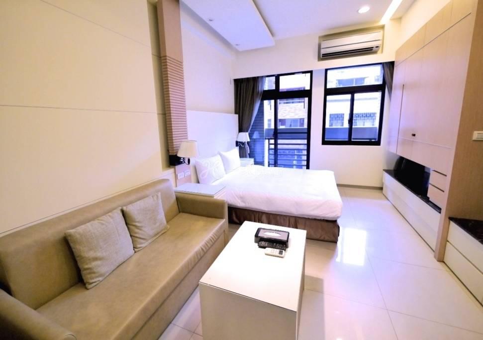 豪华经典公寓[305]
